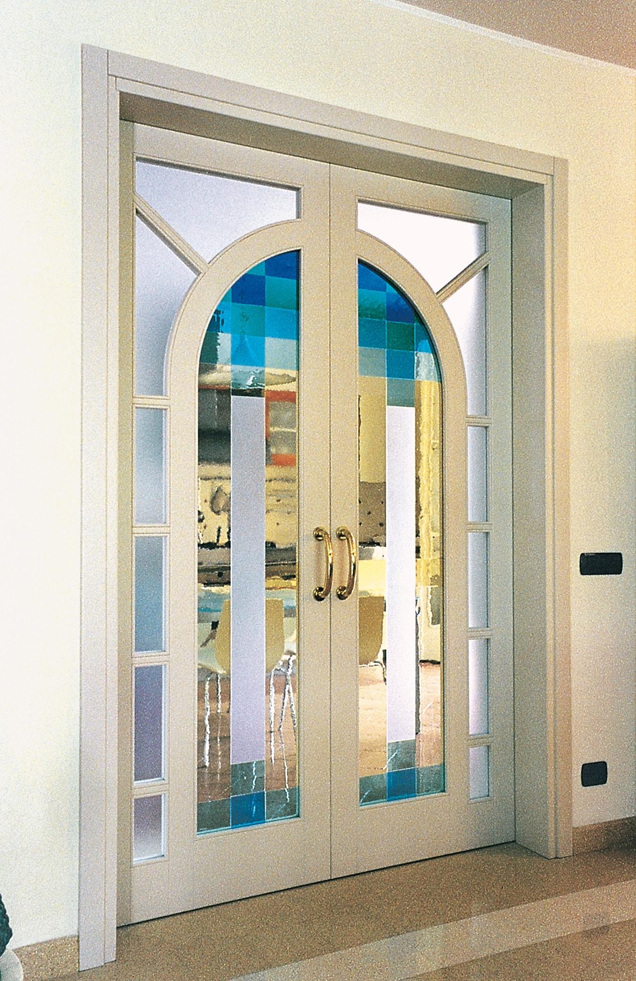 Porte scorrevoli con vetro decorato best idee di porte scorrevoli in vetro e legno image - Porte in legno con vetro decorato ...